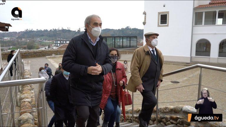 """""""Casa do Adro"""" com edifícios renovados"""