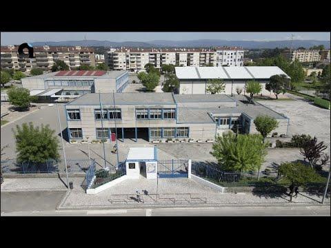Requalificação dos espaços desportivos da Escola Adolfo Portela